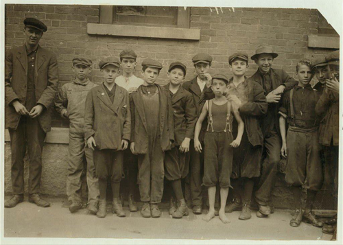 CHILD MILL WORKERS